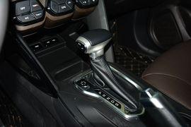 2015款广汽传祺GS4 200T G-DCT豪华版 分色版