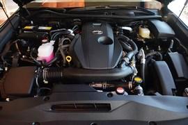 2016款丰田皇冠2.0T精英版