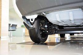 2013款福特嘉年华三厢1.5L自动时尚型