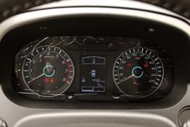 2014款东风风行景逸S50 1.5L手动尊贵型