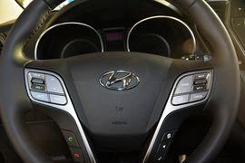 2013款现代格锐3.0L 7座两驱舒适版