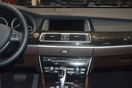 2015款宝马528i GT豪华型
