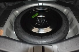 2013款福特蒙迪欧2.0L GTDi200豪华型