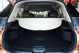 2015款日产奇骏2.5L XL领先MAX版