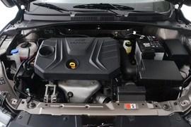 2016款奔腾B30 1.6L手动豪华型