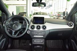 2015款奔驰B200动感型