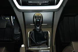 2016款吉利新帝豪1.5L手动向上版