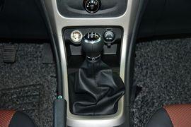 2015款比亚迪F3 1.5L全新节能版手动尊贵型