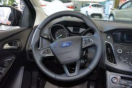 2015款福特福克斯两厢1.6L自动舒适型