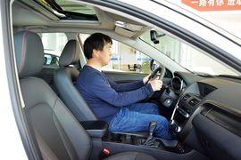 2016款奔腾X80 2.0L手动豪华型