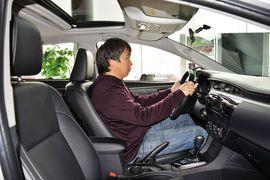 2016款丰田卡罗拉双擎1.8L CVT精英版到店实拍