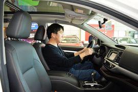 2015款丰田汉兰达3.5L四驱 7座豪华版