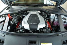 2016款奥迪A8L 45TFSI quattro豪华型