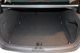 2016款奥迪A4L 35TFSI自动舒适型