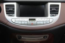 2008款现代劳恩斯酷派3.8L旗舰自动版试驾