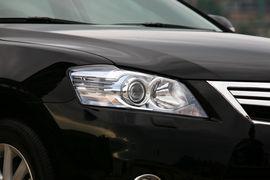 2010款丰田凯美瑞混动试驾