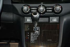 2015款马自达8 2.5L至尊版