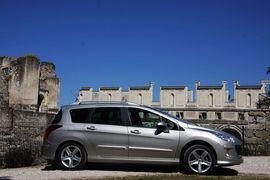 2009款标致308SW法国试驾
