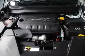 2016款Jeep自由光2.4L专业版