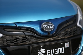 2016款比亚迪秦EV300试驾体验
