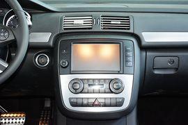 2014款奔驰R320 4MATIC商务型