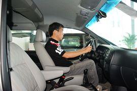 2015款江淮瑞风2.0L 穿梭 VVT长轴舒适型