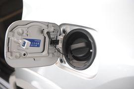 2009款RAV4 2.4手动豪华导航版