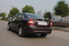 2011款福特福克斯试驾