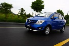 长安CX20试驾1.3L手动运动版