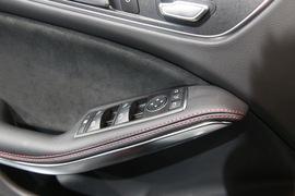 车门内部控制面板