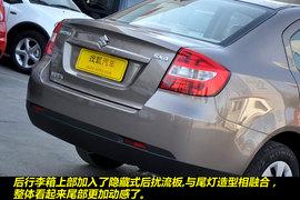 2011款铃木天语尚悦1.6L手动舒适型到店图解