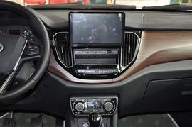 2016款一汽吉林森雅R7 1.6L 手动豪华型