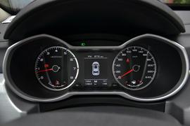 2016款吉利博越2.0L手动两驱智尚型