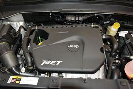 2016款Jeep自由侠 1.4T自动劲能版+