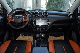 2016款东南DX3 1.5L 手动旗舰型