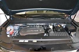 2017款广汽传祺GS8 320T两驱豪华智联版