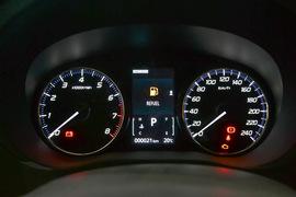 2016款三菱欧蓝德 2.4L四驱尊贵版 7座