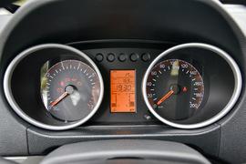 2017款福汽启腾V60 1.5L舒适型