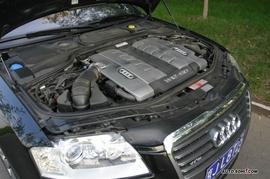 奥迪A8L W12发动机实拍