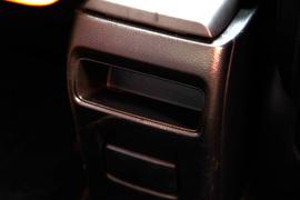 2011款日产骐达1.6T 手动 致酷版试驾实拍
