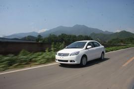 2012款腾翼C30 1.5L MT手动豪华型试驾