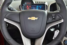2011款雪佛兰爱唯欧三厢1.6SX 手自一体