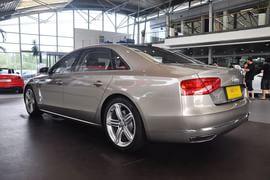2011款奥迪A8L W12 6.3L FSI