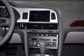 2011款奥迪A6L 2.0TFSI舒适型到店实拍
