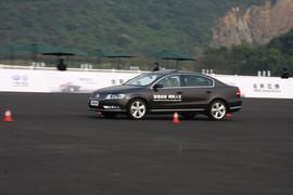 2012款全新迈腾2.0T至尊型上海试驾