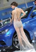 车模们拥有逆天腰围的几种方式