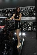 2011上海CAS改装车展美女欣赏
