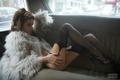 时尚车模美腿诱惑 高雅冷艳气质非凡