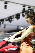 韩国美女车展精彩演绎