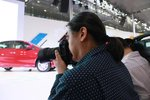 车展上的摄影师